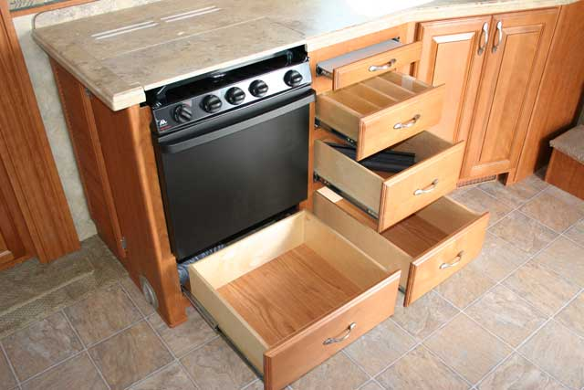 Nuwa industries inc hitchhiker discover america photos for Kitchen cabinets with drawers
